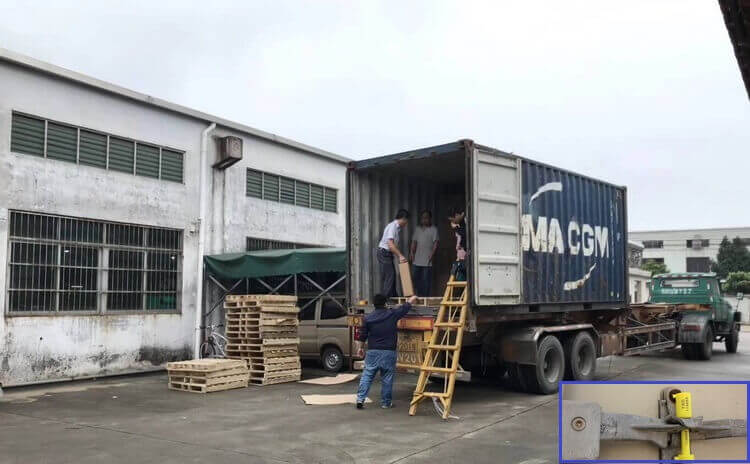 Load container and caontainer seal