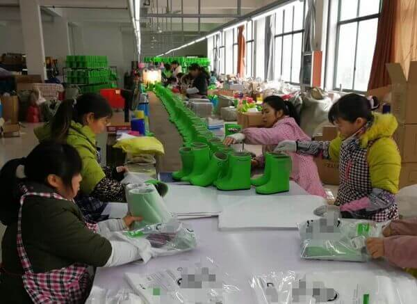 Customize bags for packing rain boots