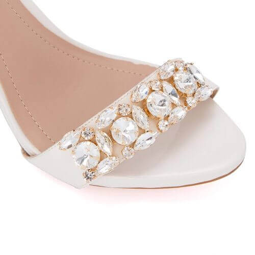 shoes ornament with crystal